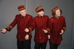 3-stooges-wax-statues